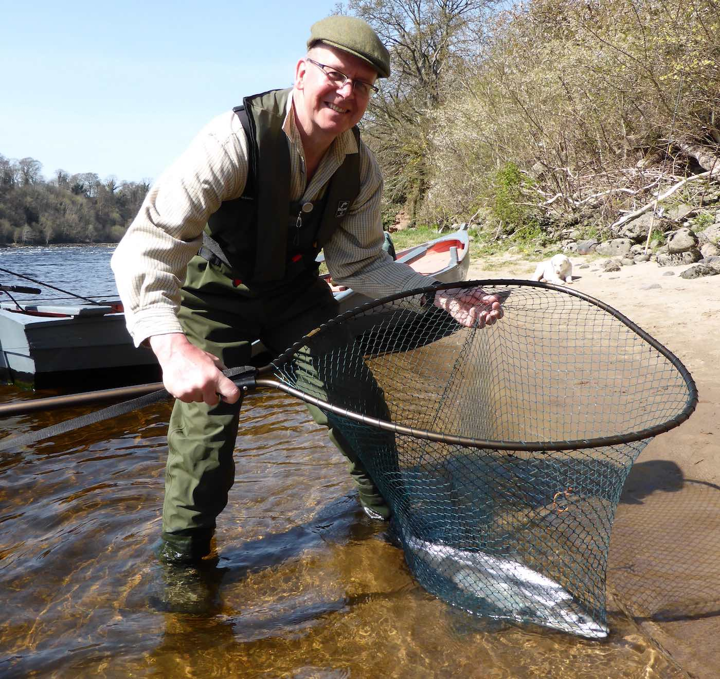 Fishing With Colleague Photograph Style images/58f46cac-Fish-Handling-Shots-1.jpg
