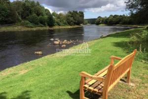 Invery Beat River Dee 4