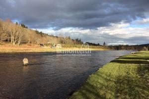 Invery Beat River Dee 1 on Dee
